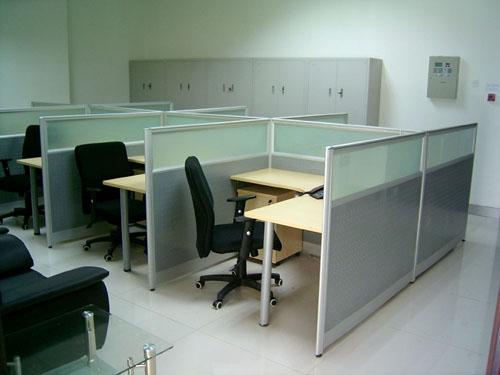 办公家具千亿体育下载-屏风办公桌千亿体育下载