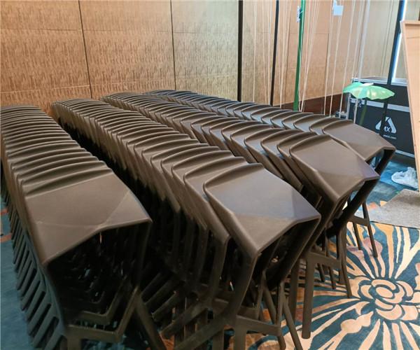 上海万豪酒店沙发千亿体育下载 吧桌椅千亿体育下载